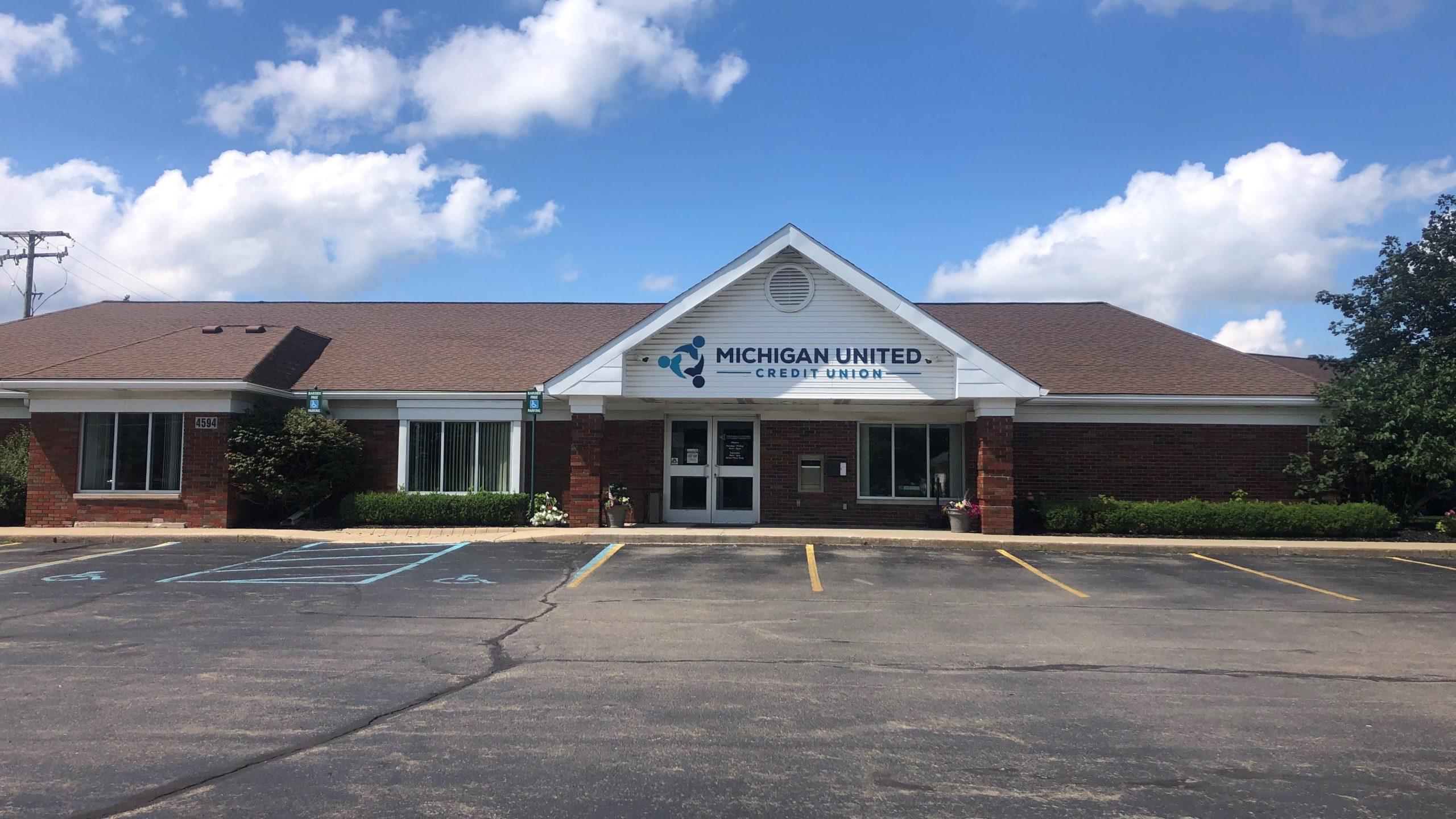 Waterford Pontiac Lake Michigan United Credit Union Branch